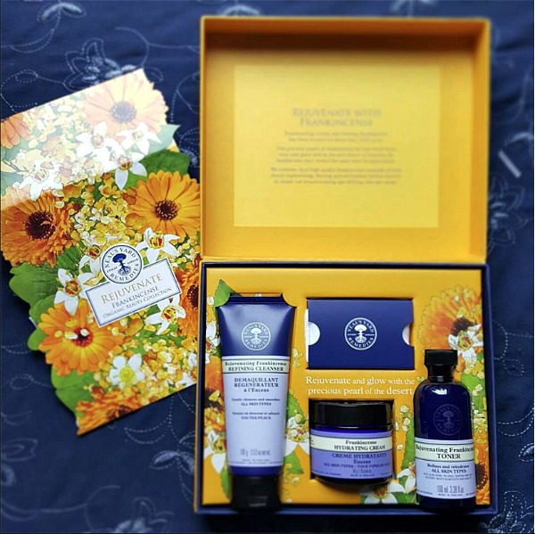 Click to see gorgeous Organic Gifts made with top-quality Essential Oils, and certified organic ingredients! Plus learn how to save big on these beautiful gift sets, for a limited time!