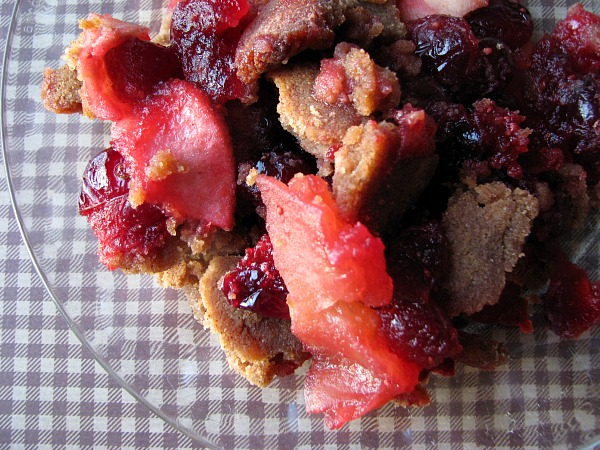 This Apple Cranberry Crumble is gluten free, paleo, dairy free and GAPS/SCD legal. It is sweetened with honey, and made with coconut flour and coconut oil. Best of all, it is delicious!