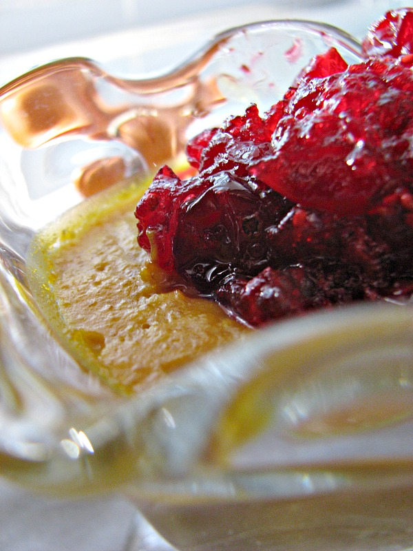 Easy Cranberry Sauce Recipe with Honey
